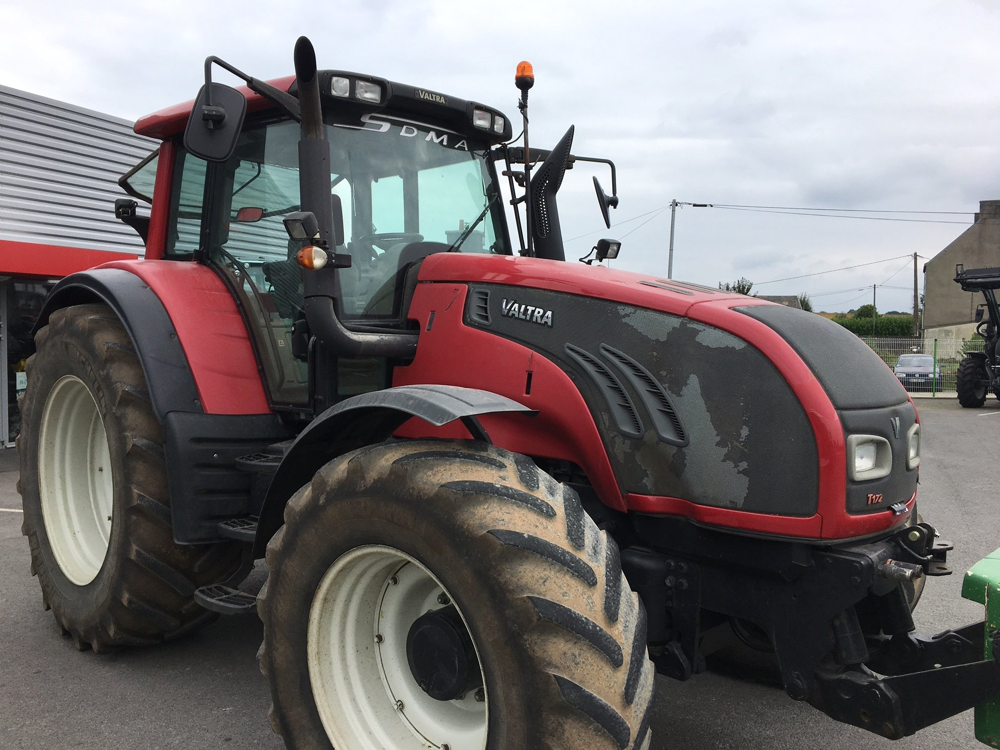 Tracteur agricole Valtra T172 DIRECT - 1