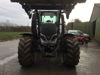 Tracteur agricole Valtra T174 DIRECT - 2