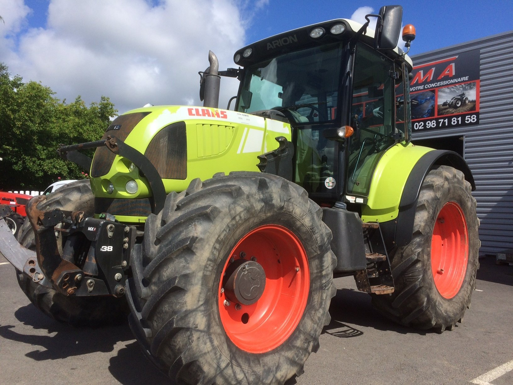 tracteur agricole claas arion 640 cis vendre sur sdma. Black Bedroom Furniture Sets. Home Design Ideas