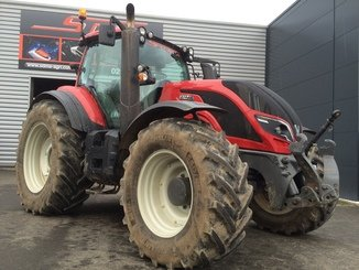 Tracteur agricole Valtra T214 DIRECT - 1